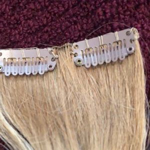 Accessories - Gorgeous blonde hair extensions💛
